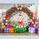 Новогоднее оформление из шаров №1