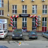 Оформление-фасада-шарами-Trendy-01