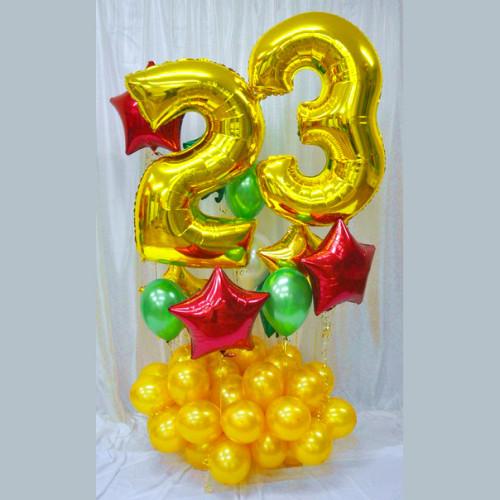 Композиция с золотыми цифрами 23