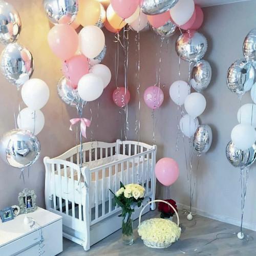 Оформление шариками комнаты малыша сет №04