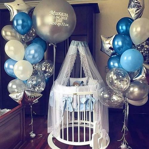Оформление шариками комнаты малыша сет №09